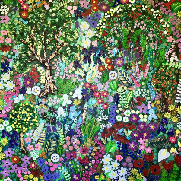 Bright, colourful, intuitive, contemporary, paintings, prints and textiles inspired by nature and flowers.