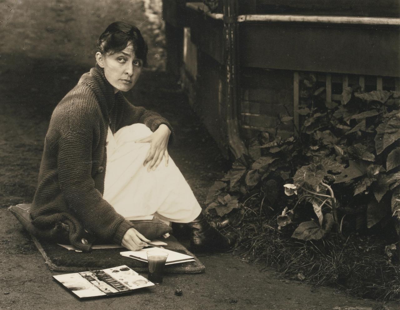 georgia_okeeffe_by_stieglitz_1918