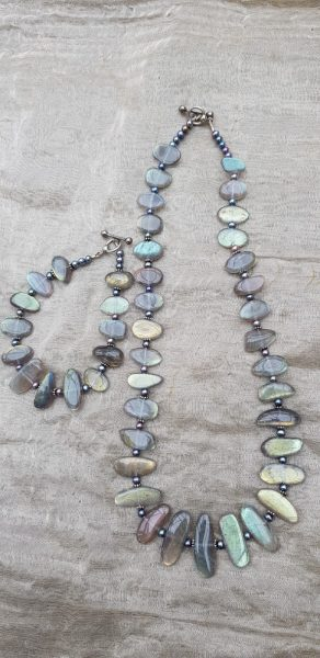 Designer / Maker of jewellery using freshwater pearls, gems, handmade beads and crystals collected over the last 30 years from all over the world