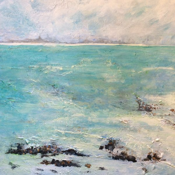 Drawing inspiration in the countryside and seascapes, I paint in a loose, impressionistic style.