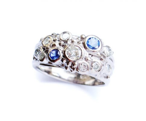 18ct white gold diamond and sapphire ring